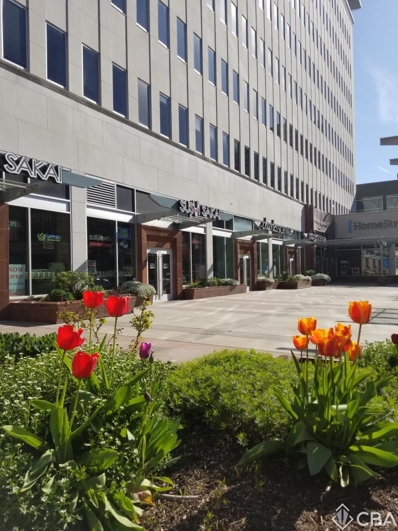 Lincoln Plaza