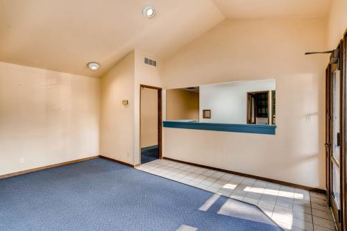 Primary Listing Image for MLS#: 594117