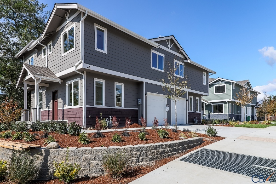 Puget Drive Townhomes