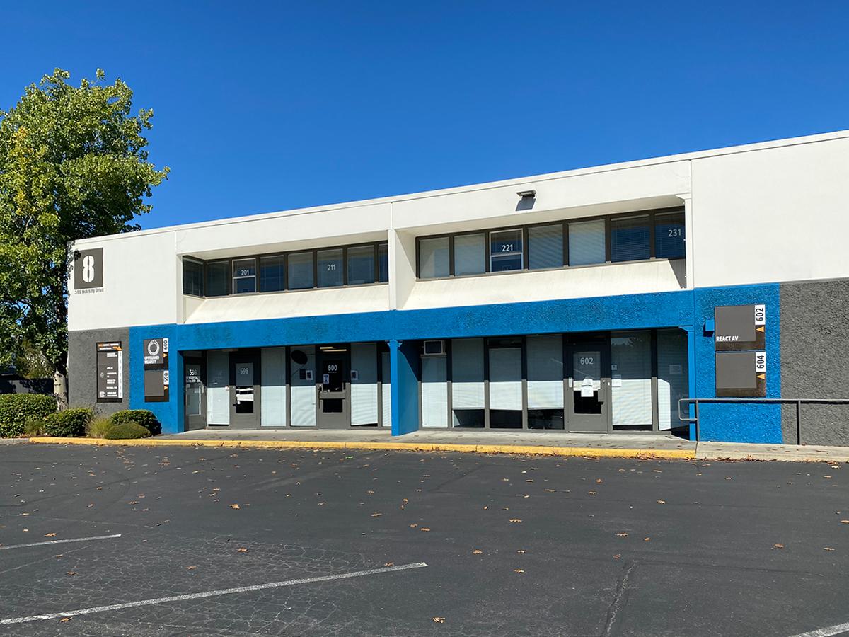 596 Industry Dr 221, Tukwila, WA 98188